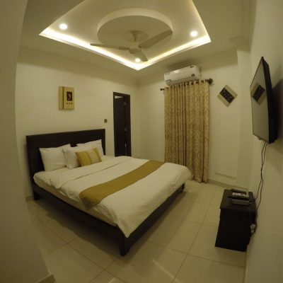 fully equipped rooms at anarkali hotel bahria town